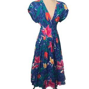 Vintage deep V summer sun dress